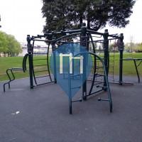 Parque Calistenia - Nottingham - Outside university sports center