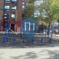 New York City - Barstarzz Workout Park - Barlett Playground