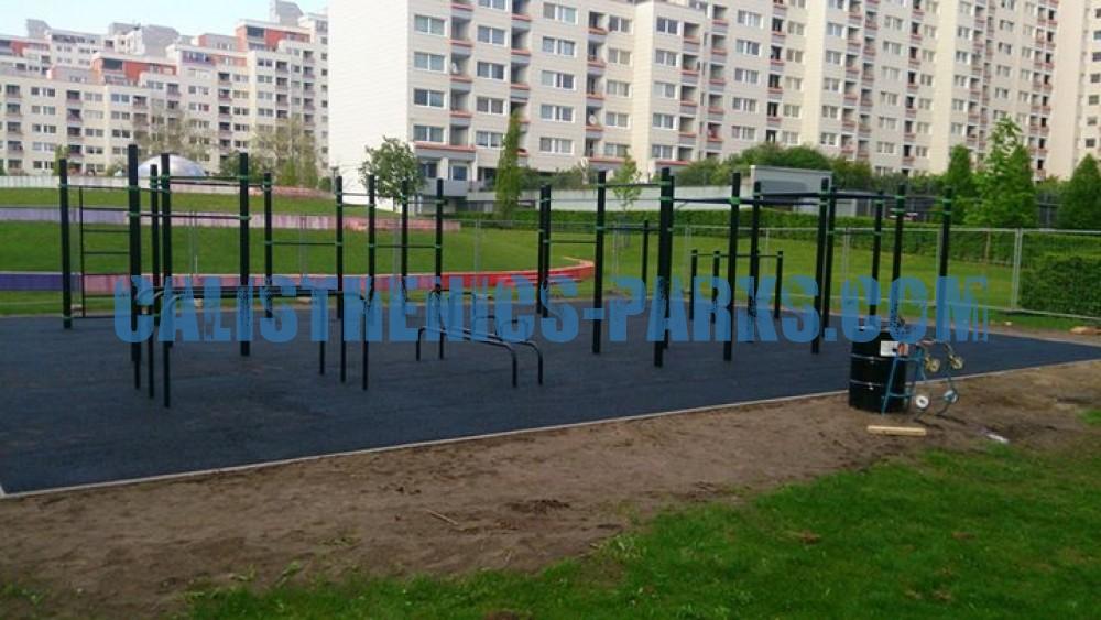 bremen street workout park tenever germany spot. Black Bedroom Furniture Sets. Home Design Ideas