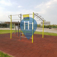 Würzburg - Outdoor-Fitnessstation - Universität Sportzentrum