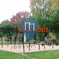 Toronto – Street Workout Park – Cruickshank park