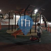 İstanbul - Calisthenics Geräte - Avcilar Sahil Park