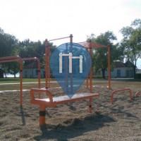 Weiden am See - Street Workout Park - Hard Body Hang