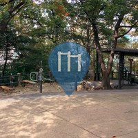 Seoul - Outdoor Fitness Park - Namsangongwongil