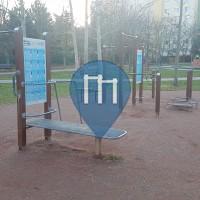 徒手健身公园 - 布拉迪斯拉发 - Workout Peknička