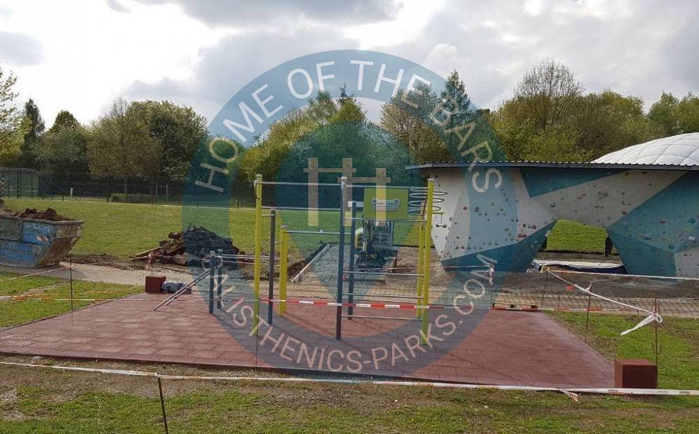 cb0e0c1abab5ae Augsburg - Outdoor-Fitnessanlage - Universität - Deutschland - Spot