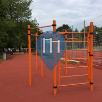 Outdoor Pull Up Bars - Budapest - Outdoor Fitness Petnehazyret