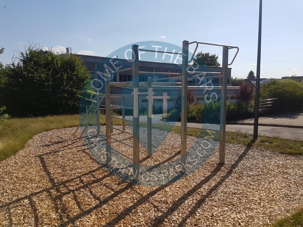 Klettergerüst Calisthenics : Street workout park pan wien calisthenics