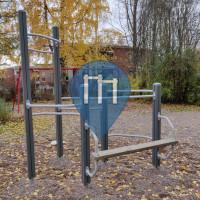 Parque Calistenia - Lahti - Osmolanpuisto fitness corner