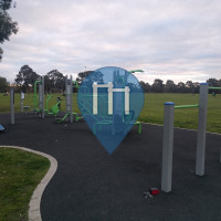 Мельбурн (Thornbury) - уличных спорт площадка - Mayer Park