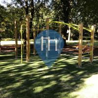 Oirschot - Outdoor Fitnessstudio - Gedenkpark