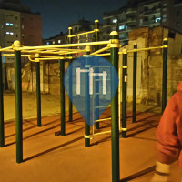 Barcelona - Exercise Stations - Calistenia street workout les Corts