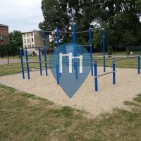 Gdansk - Street Workout Park - Plaza na Trawie