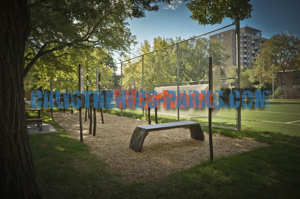 Montreal Street Workout Park Parc Toussaint Louverture