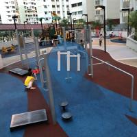 Singapore - Outdoor Exercise Gym - Serangoon Central