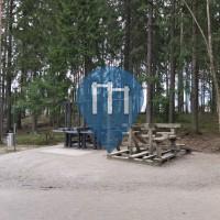 Gym en plein air - Helsinki - Hallainvuoren ulkoliikuntapaikka