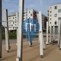 Wien - Outdoor Klimmzugstangen - Hannah-Arendt-Park