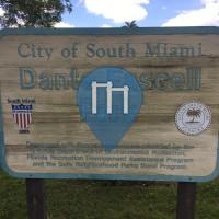 南迈阿密 - 户外运动健身房 - Dante Fascell Park