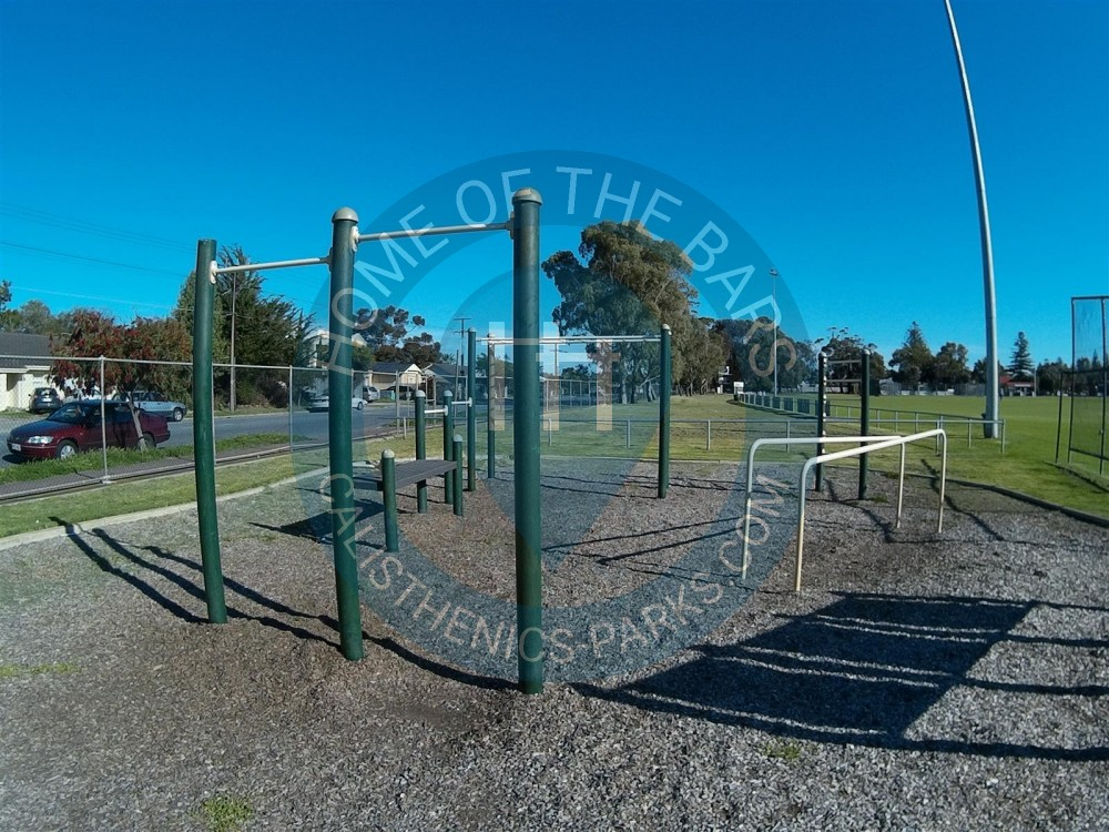 Adelaide street workout park henley memorial oval