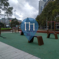 Melbourne - Outdoor Exercise Station - Docklands Basketball Courts