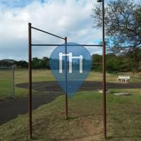 Kahului (Hawaii) - Calisthenics Equipment - Kahului Community Center Park