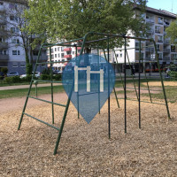 Mainz - Playground with outdoor pull up bars  - Kaiserstrasse