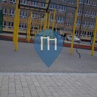 Воркаут площадка - Кельце - Zespół szkół elektrycznych street workout park