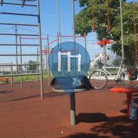 Bors - 徒手健身公园 - Terenul de Fotbal din Bors