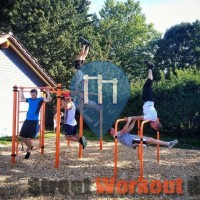 Tiengen bei Freiburg - Calisthenics Park - Hard Body Hang