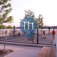 Нью-Йорк - уличных спорт площадка - Hunters Point, Long Island City
