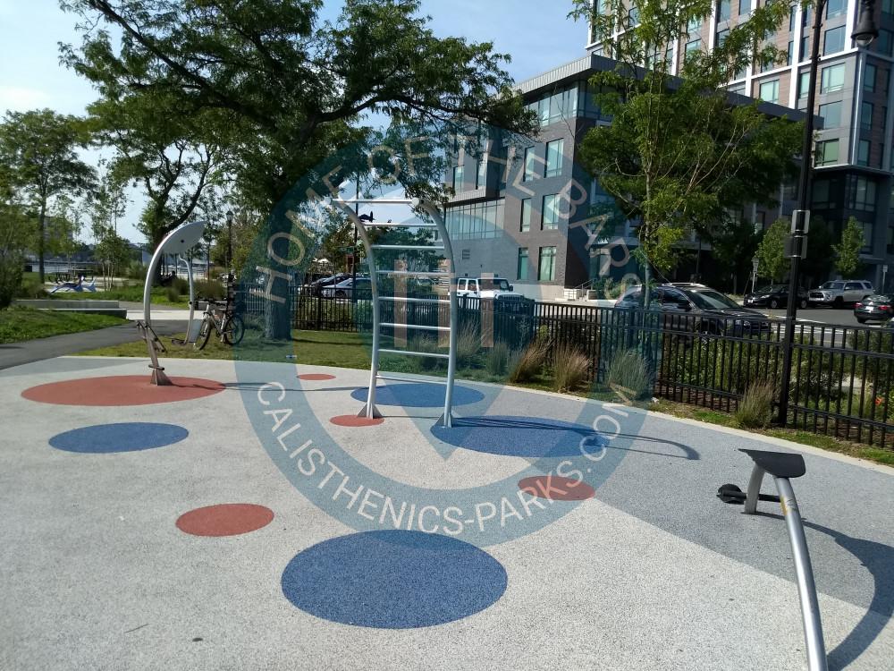 Boston Outdoor Exercise Gym Central Maverick Square