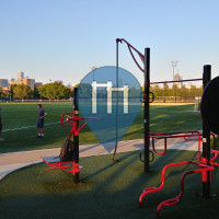 Chicago - Outdoor Fitnessstation - UIC South Fields