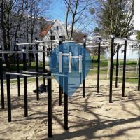 Dwór - Street Workout Equipment - Ul. Polanki