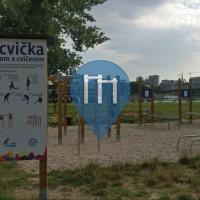 Bratislava (Petržalka ) - Palestra all'Aperto - Sad Janka Kráľa