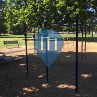 Портленд  - уличных спорт площадка - Sewallcrest Park