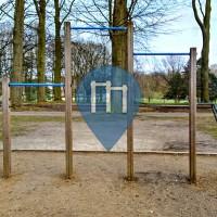 Brusseles - Outdoor Pull Up Bars - Parc d'Osseghem