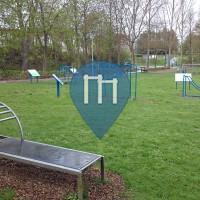 Warburg - 户外运动健身房 - Mehrgenerationenpark - Playparc