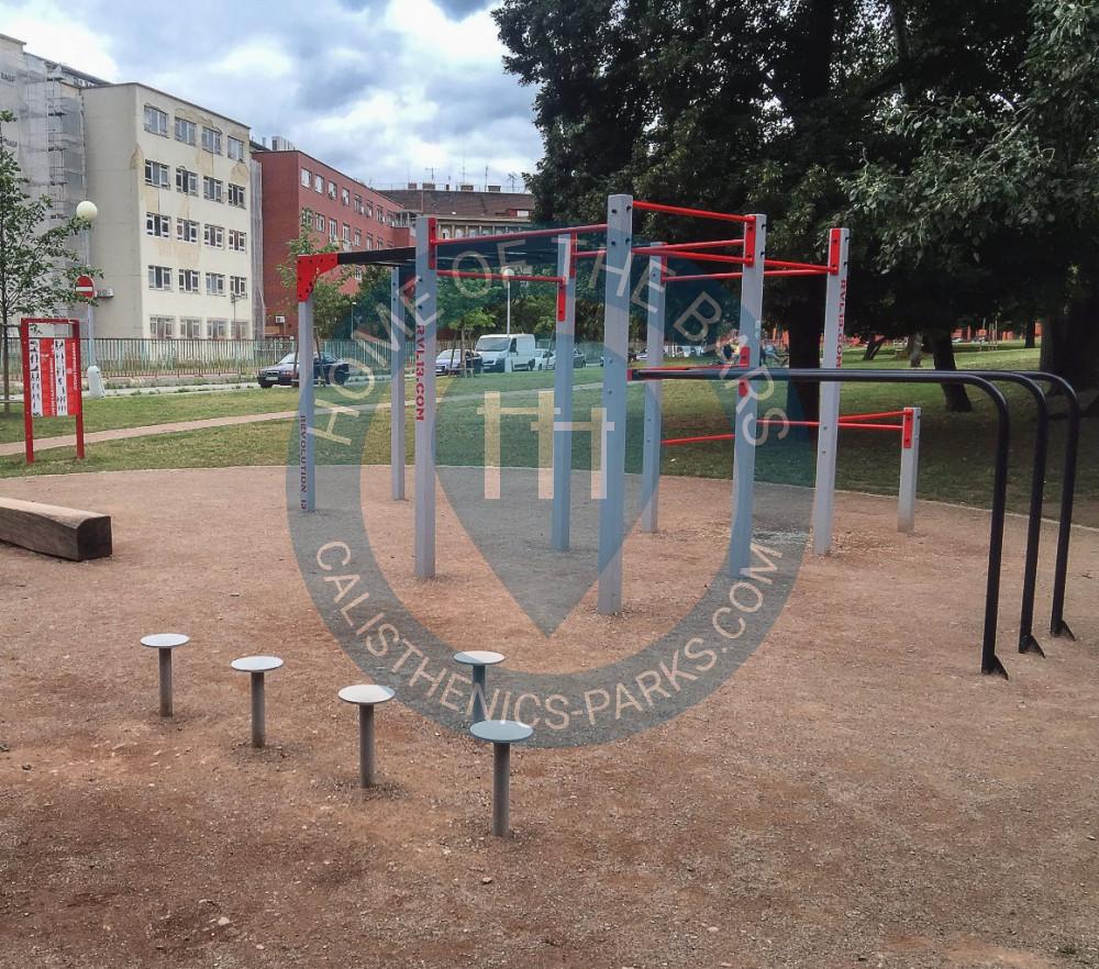 Warriors State Path Park Boundless Playground: Calisthenics Park