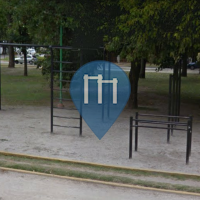 La Plata - Street Workout Equipment - Park of Avenida 32