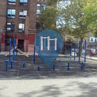 New York City - Barstarzz Workout Park - Barlett Playground
