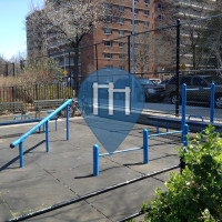 New York City - Bodyweight Fitness Exercise Stations - Windmüller  Park