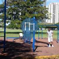 Honolulu - Outdoor Exercise Park - Ala Moana Beach Park