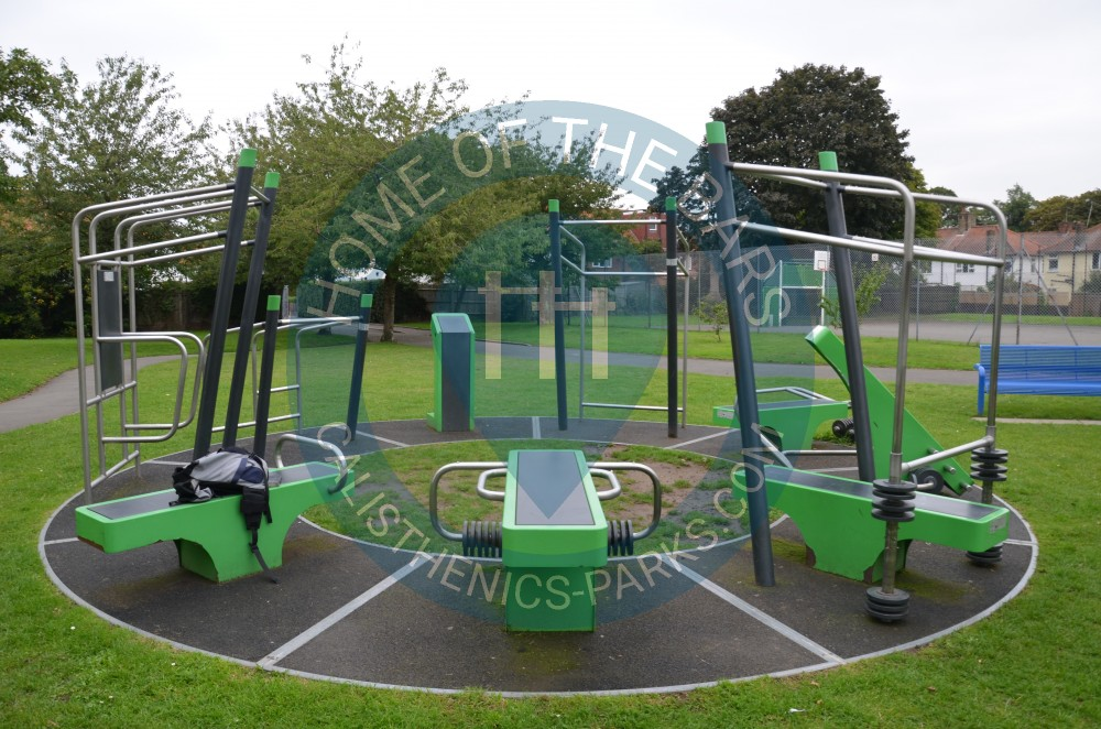 London outdoor fitness gym barnes united kingdom spot
